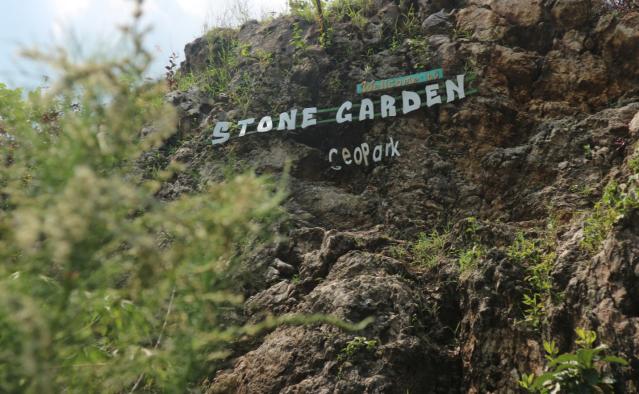 stone garden1