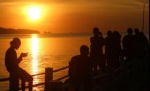 sunset peucang2