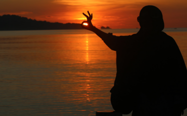 sunset peucang4