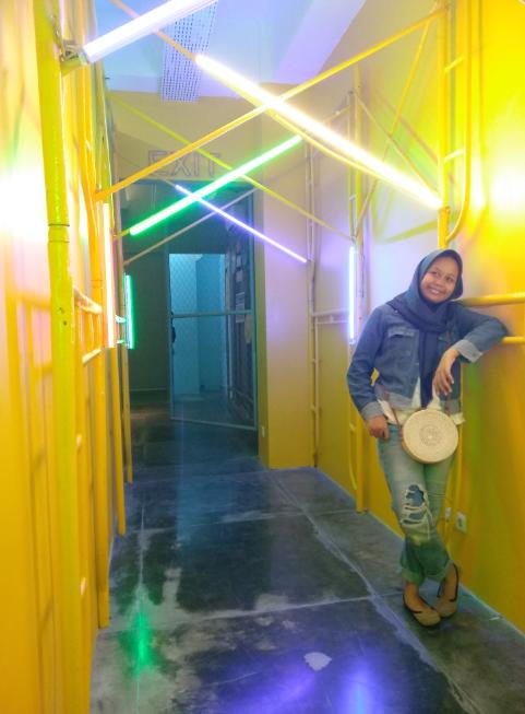 11 lorong lampu